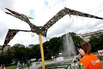Ještěr ze starých součástek elektrospotřebičů ozdobil na jeden den Moravské náměstí