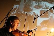 V brněnském Špalíčku byl zahájen filmový festival dvěma němými filmy, ke kterým hrála hudební doprovod Filharmonie Brno.