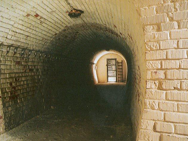 Protiletadlový kryt pod Špilberkem.