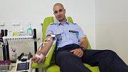 Do bohunické fakultní nemocnice se v úterý a ve středu vypravilo téměř sedmdesát strážníků, kteří si dobrovolně nechali odebrat půllitr krve.