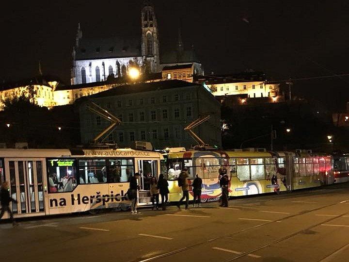 Nehoda dvou tramvají v brněnské ulici Nové sady.
