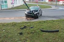 Nehoda v Hodoníně na křižovatce ulic Bratislavská a Anenská.