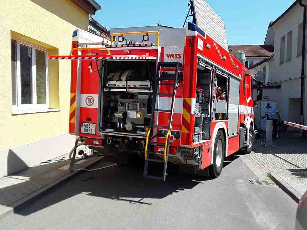 Následky čtvrtečního požáru rodinného domu v brněnském Králově Poli.