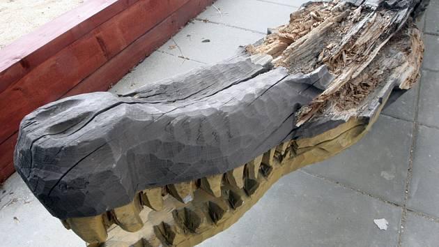 Na nádvoří radnice se vrátí krokodýl. Tentokrát bude odolnější.