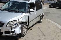 Jedno z aut po nehodě.