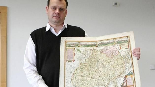 Ředitel Moravské zemské knihovny v Brně Tomáš Gec.
