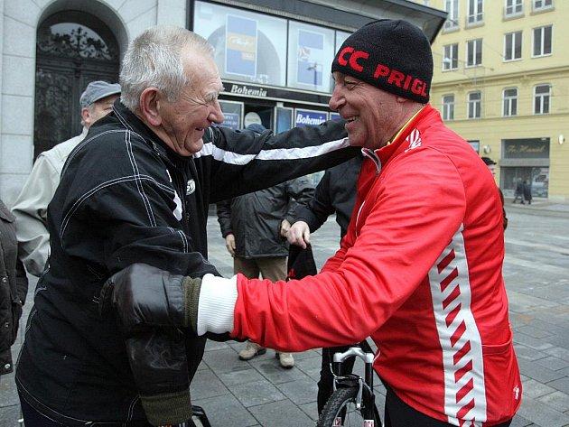 Tradiční novoroční vyjížďka cyklistů z náměstí Svobody na Brněnskou přehradu.
