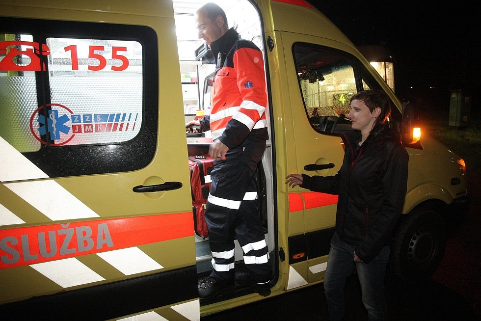 Redaktorka Deníku Rovnost Lenka Grabcová si vyzkoušela v seriálu Na den (s) práci inspektora provozu záchranářů.