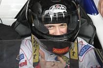 Česká rychlobruslařka Martina Sáblíková si vyzkoušela na Masarykově okruhu jízdu po boku testovacího jezdce.