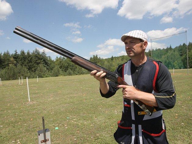 Brokový střelec Jan Sychra.