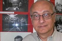 Zesnulý divadelní teoretik, překladatel a pedagog Divadelní fakulty Janáčkovy akademie múzických umění v Brně Jan Roubal.