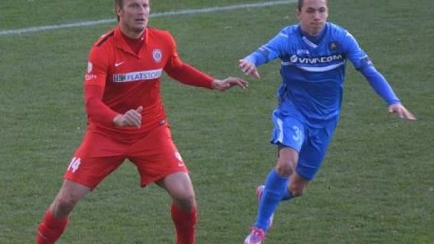 Zbrojovka Brno (v červeném) na závěr soustředění podlehla bulharskému Levski Sofia 0:1.