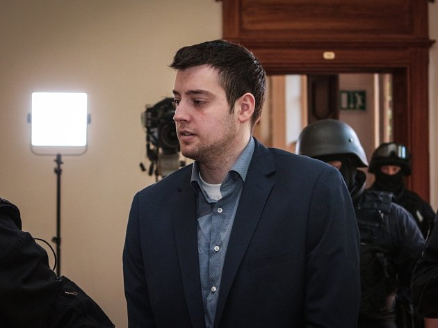 Úterní jednání s Kevinem Dahlgrenem u Krajského soudu v Brně.