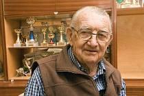 Bývalý reprezentační trenér basketbalistů Josef Fleischlinger.