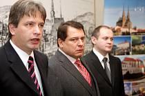 Roman Onderka, Jiří Paroubek a Michal Hašek.
