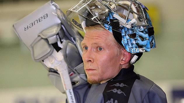 Bývalý hokejový brankář Sasu Hovi se může pochlubit pozoruhodným příběhem. Nově je například skautem klubu NHL.