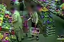 Silně drogově závislí partneři z Brna, oba několikrát trestaní. Kradli kabelky a peněženky lidem v nákupních centrech po celé republice, jedenašedesát případů jim policisté dokázali. Dohromady připravili své oběti o víc než dvě stě tisíc korun.