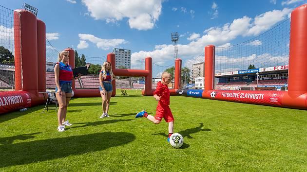 Stadion v Srbské ulici hostil Fotbalové slavnosti.