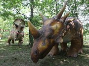 Ocitnout se na chvíli v pravěkých druhohorách a prohlédnout si jejich tehdejší obyvatele dinosaury mohou návštěvníci brněnské zoologické zahrady.