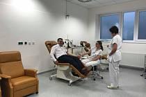 Za odběrem krve už lidé dojíždět nemusí, nově lze darovat i u svaté Anny
