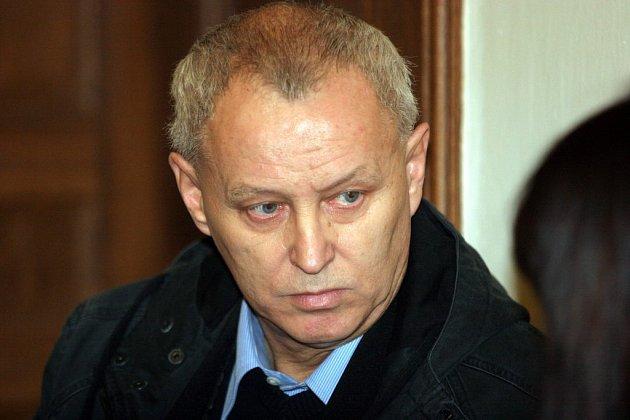 Lubomír Petr u soudu
