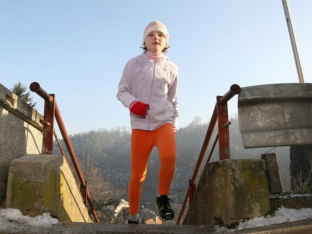 Tradiční silvestrovský běh do schodů v Bílovicích nad Svitavou.