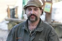 Jaroslav Jasinek má v brněnské zoo na starosti šelmy