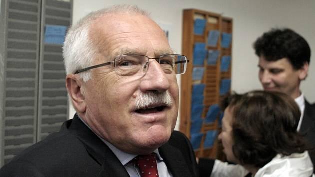 Návštěva prezidenta České republiky Václava Klause na jižní Moravě.