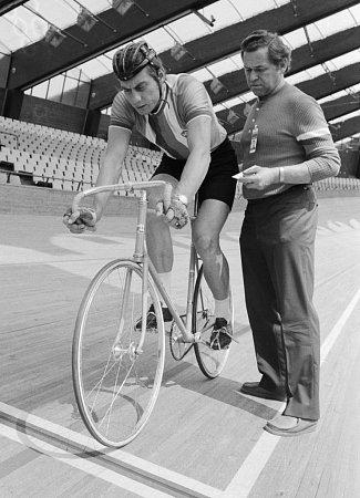 Milan Puzrla se zúčastnil také tří olympiád (strenérem Lubomírem Puklickým vMnichově 1972).