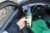 Řidička ujela v Oslavanech od místa nehody, byla opilá. Policisté ji našli před domem.