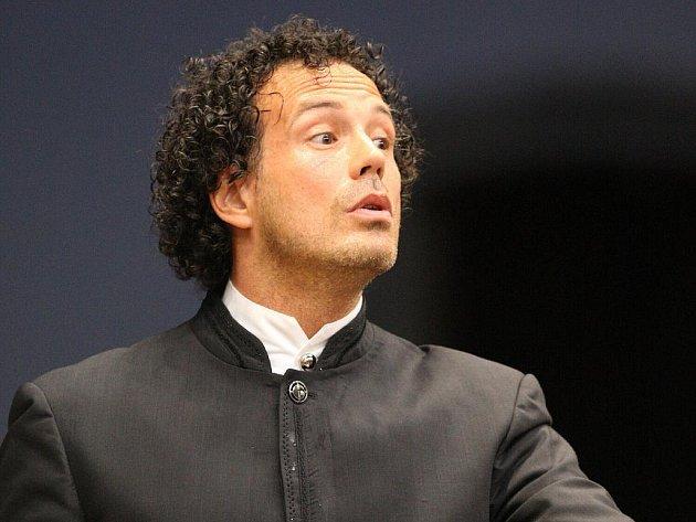 Dirigent Aleksandar Marković.