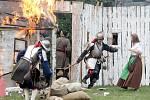 Rekonstrukce slavné bitvy z roku 1645 - švédská vojska dobývají hrad Veveří.
