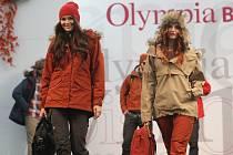 V sobotu začal tradiční módní podzimní maraton Olympia Fashion Show. I přesto byla doprava u Olympie bez větších problémů.