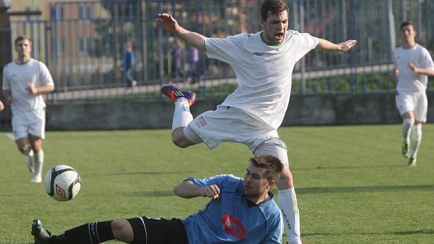 Fotbalisté Bohunic (v bílém). Ilustrační foto.