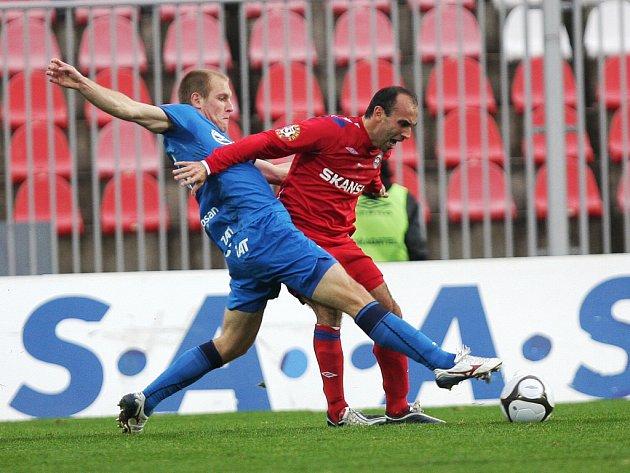 Fotbalisté 1. FC Brno se v nejbližších týdnech musí obejít bez Tomáše Polácha (vpravo).