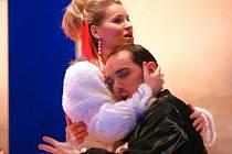 Operní pěvci měli jednu z posledních zkoušek před premiérou Figarovy svatby.