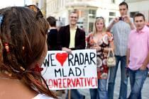 Dnešní pochod za referendum a proti výstavbě americké základny v ČR