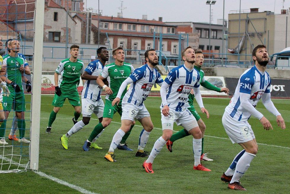 Druholigoví fotbalisté Znojma sehráli v pátek utkání 22. kola druhé ligy proti Vlašimi, remizovali 1:1.