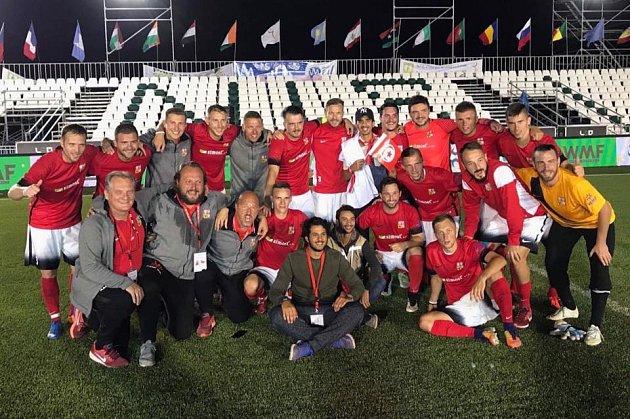 Česká reprezentace v malém fotbalu prošla  do semifinále.