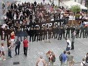 Neonacisté na Gay Parade v Brně