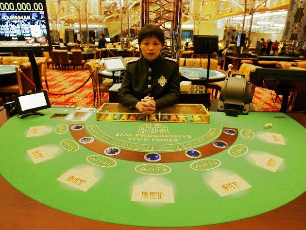 Karetní stůl pro Black Jack