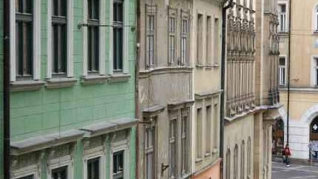 Dům v Jakubské ulici, kde brněnští archeologové nalezli předměty z 18. století.