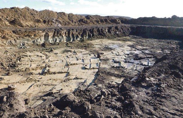 Odtěžení kontaminované zeminy