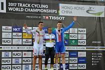 Cyklista brněnské Dukly Tomáš Bábek na mistrovství světa v Hongkongu získal bronz v keirinu.