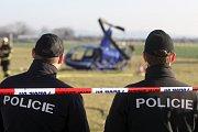 U brněnského letiště v Tuřanech havaroval lehký vrtulník.