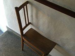 Výstava židlí v Židlochovicích na Brněnsku.