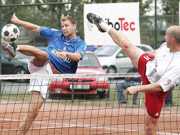 Modřičtí nohejbalisté udělali první krůček k extraligovému titulu, když porazili pražské Břve.