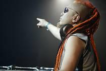 Očekávaný DJ Yoji z Japonska začal svoji hudební dráhu jako nadšený rocker.