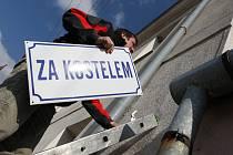 Přísnotičtí vyvěsili tabule s novými názvy ulic