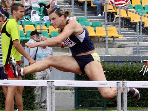 Překážkářka Lucie Škrobáková si na Kladně běží pro český rekord 12:73